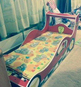 Кровать-машина детская