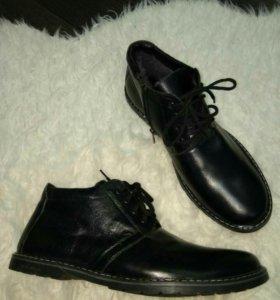 Новые зимние ботинки 43