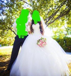 Мега пышное Свадебное платье цвета шампанское