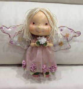 Фарфоровая кукла - девочка ангелочек