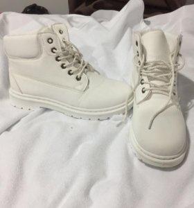 Зимние ботинки. Размер 39(24,5 см)