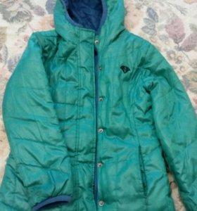 Куртка на девочку 2-х сторонняя 6-8 лет
