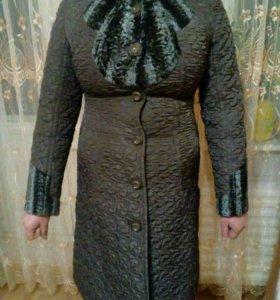 Новое, стильное пальто