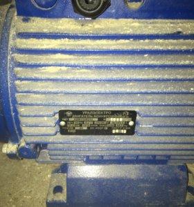 Электродвигатель 380в 11квт .3000 об/мин.новый.