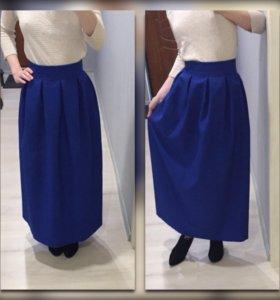 Темно синяя юбка (новая)