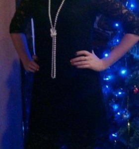 Продаю платье 44 размер