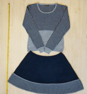 Шерстяной костюм (кофта+юбка)