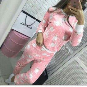 Пижамы только в беж цвете