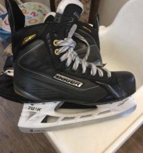 Хоккейные коньки Bauer Supreme 170