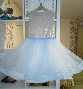 Платье на р 122-128