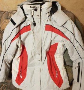 Куртка горнолыжная 44 р-р