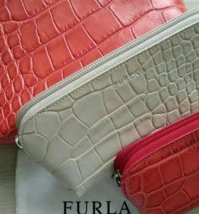 Furla набор из 3 косметичек новый