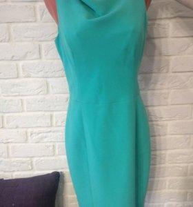 Платье футляр зеленое
