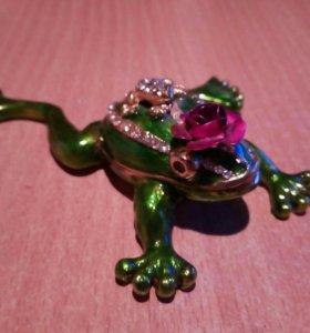 Шкатулка - лягушка