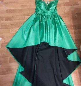 Новое платье Justwoman 42-44 размер и колье