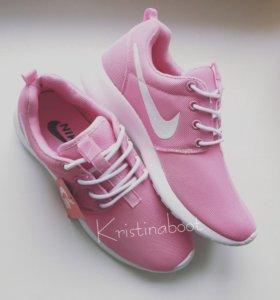 Новые кроссовки Nike roshe run (37;38)