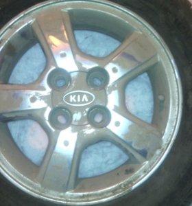продам оригинальные литые диски KIA