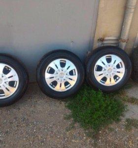 Продам колеса в сборе с дисками
