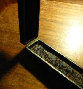 Старая коробочка для украшений шкатулка