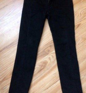 Новые тёплые чёрные брюки