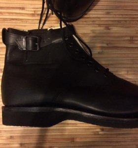 Лётные ботинки.
