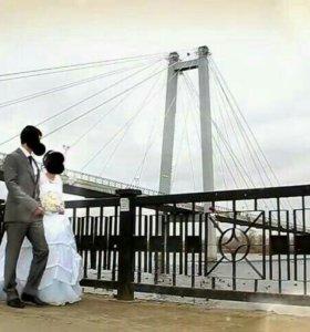 Свадебные платья и костюм