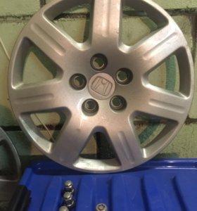 Колпаки 4 шт. ориг. от Honda Civic+болты+секретки