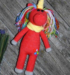 Единорог игрушка вязаная