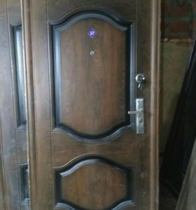 Двери мет.Б/У