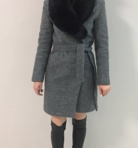 Пальто натуральное срочная продажа
