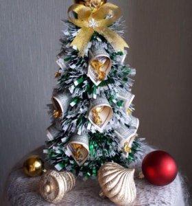 Подарок новогодний из конфет