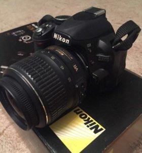 Срочно Зеркальный фотоаппарат Nikon D3100 торг