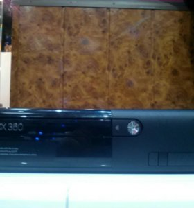 Xbox 360 500 gb.