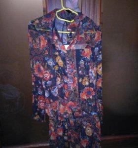 Костюм , блуза и юбка .италия.