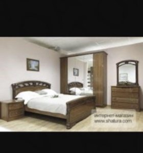 Продам спальный гарнитур