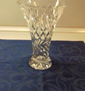 вазы Bohemia ( 2шт.), конфетница