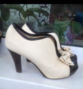 Туфли 36 -37 размер