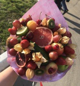 Букеты из фруктов,флористика любой сложности
