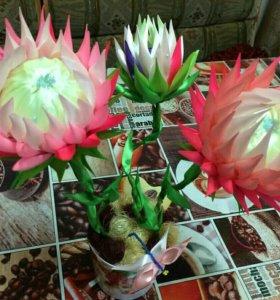Цветы из атласных лент. Топиарий.