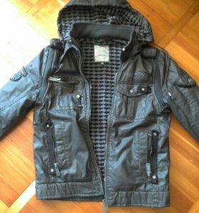 Куртка демисезон на мальчика 13л