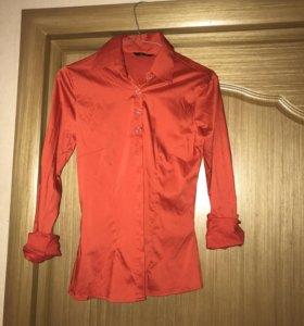 Атласная рубашка красная