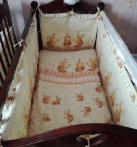 Кроватка—маятник б/у