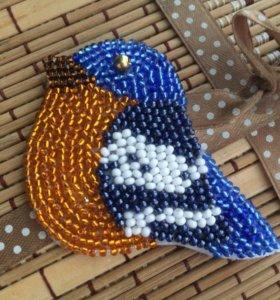 Брошь ( синичка, снегирь)
