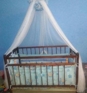 Кроватка детская в сборе
