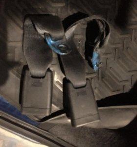 Ответная часть ремня безопасности Nissan murano