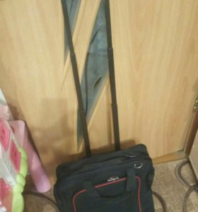 Новая сумка на колесиках