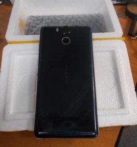 Продаю на запчасти телефон UleFone Power