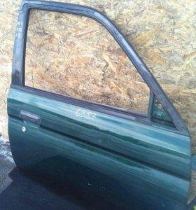 Дверь передняя правая Mitsubishi Montero Sport