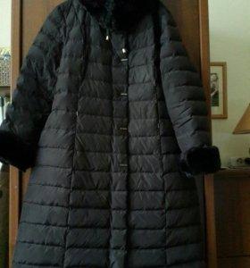 Пуховик женский 54 размер