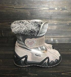 Ботинки Primigi для девочки 21 размер